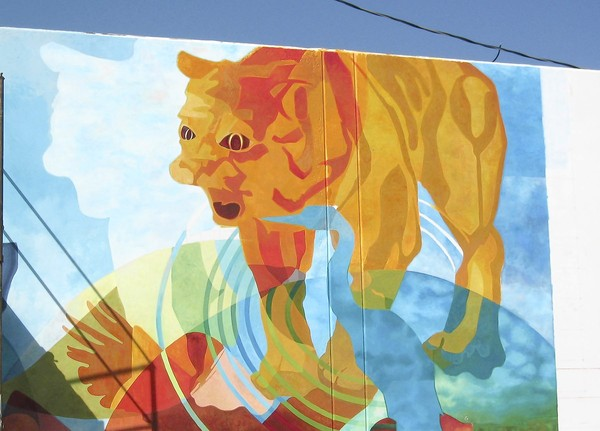 Laguna Beach Winery owner paints over local student mural